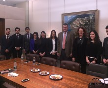 London-InternsW2017-Meeting-with-President-Horner