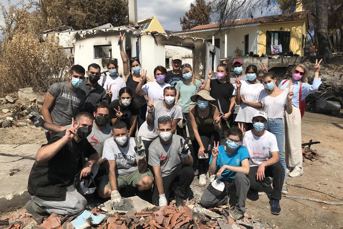 ACG volunteers in Rovies